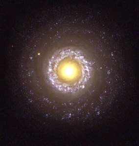 Hubble-telescope-NGC-7742-019